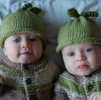 sweet peas in a pod free baby hat knitting pattern