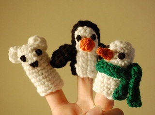 winter finger puppet pals free crochet pattern